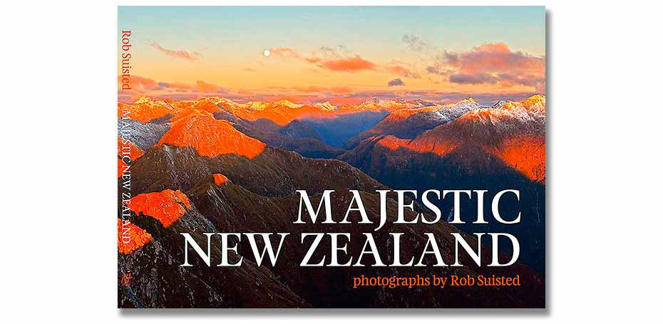 f93007c24989f MAJESTIC NEW ZEALAND BOOK *Latest award winning book, signed by Rob*